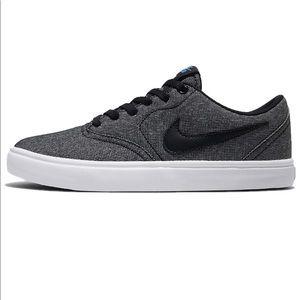 Nike Mens Skateboarding Canvas Low Top Sneakers 12